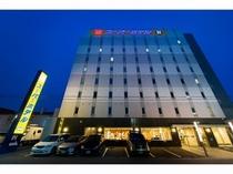 スーパーホテル函館・外観夜