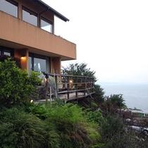*丘陵地に建っているので、開放的な景色をお楽しみいただけます。