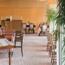 ホテル1階 レストラン「レザン」