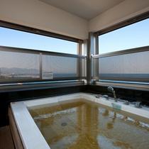 [客室半露天]海風を感じ、広い海を眺めて癒される