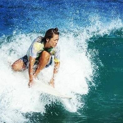 【平日限定】【はじめてのサーフィン体験プラン】★プロサーファーが丁寧に教えてくれる