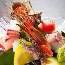 ◆季節の活魚のお造り◆魚には一切の妥協無し。