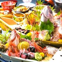 ◆ご夕食◆魚には一切の妥協なし!北陸の海の恵みをお腹いっぱいお楽しみください。