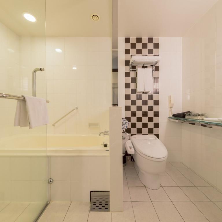 スーペリアツイン / トリプル バスルーム