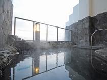 【露天風呂】四季折々の景色が楽しめます