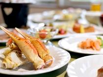 【夕食バイキング(夏季限定)】富良野の旬の味覚をお楽しみください。