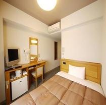 シングル。140cmのセミダブルを独り占めできるお部屋。