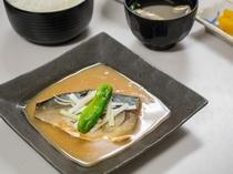 夕食処『花々亭』 選べる二食付きプラン ~ご飯と相性抜群のさば味噌定食~