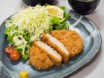 夕食処『花々亭』 選べる二食付きプラン ~定番のとんかつ定食~