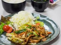 夕食処『花々亭』 選べる二食付きプラン ~中華の定番 回鍋肉定食~