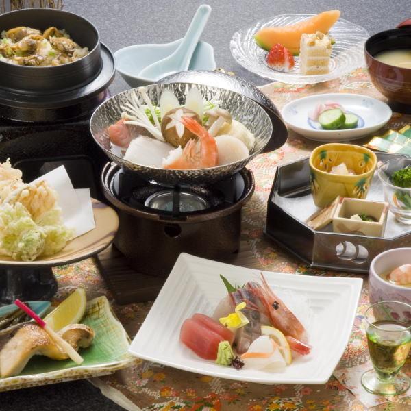 富山の食材をいかした[富山旬会席] ※季節により料理の内容は変更になります