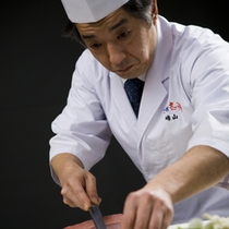 富山の食の匠、料理長は峯山
