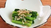 ■【ご夕食一例】地元の野菜・お魚・お肉を中心とした体に優しいメニューです。