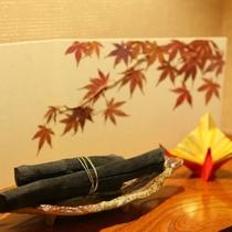 客室装飾品一例。客室入口に装飾品…季節の置物は文化の継承。
