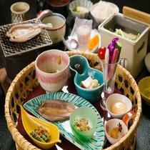 ■ご朝食■地元の山菜をふんだんに使用した和食膳
