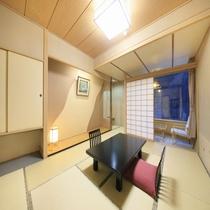 ■谷川温泉の山並みを堪能。高層階和室(10畳、5,6階)■