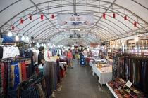 近くのAnusarn市場(チェンマイのローカル市場)