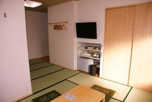 和室10畳 バストイレセパレートタイプ