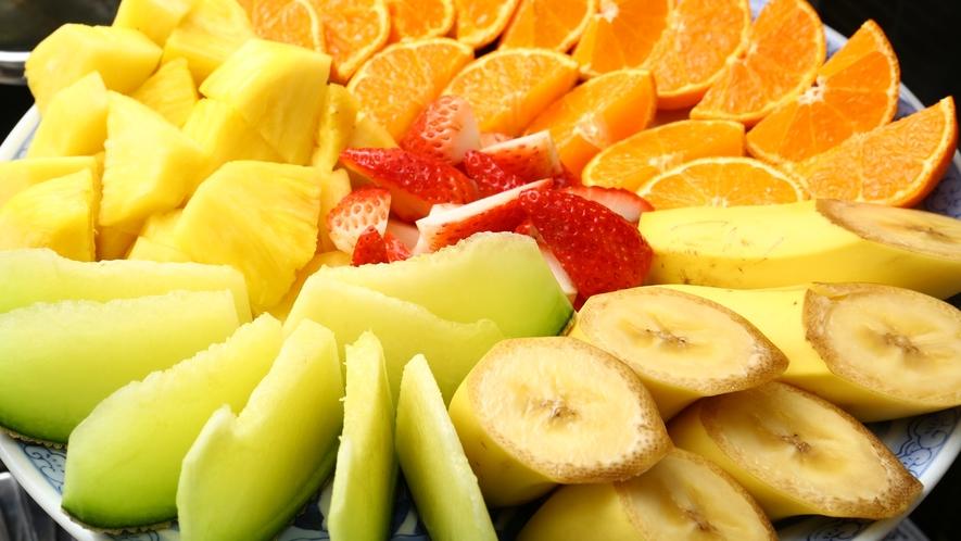 【朝食バイキング】フルーツ盛りイメージ。食後はさっぱりと