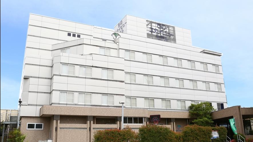 【外観】5階建てホテルになります