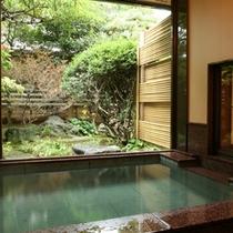 椿苑 庭園露天風呂