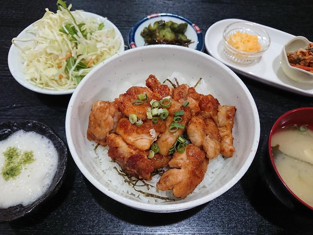 夕食メニュー(一例)