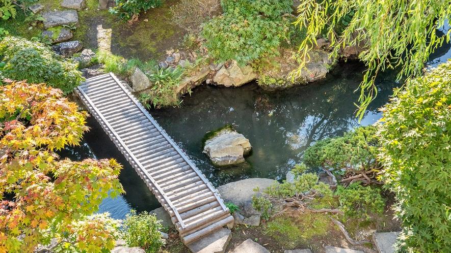 *【日本庭園】お部屋やロビーから美しい庭園が望めます