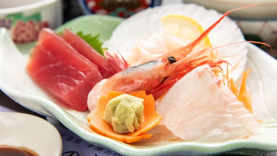 *【夕食一例】新鮮な海の幸をお楽しみいただけます