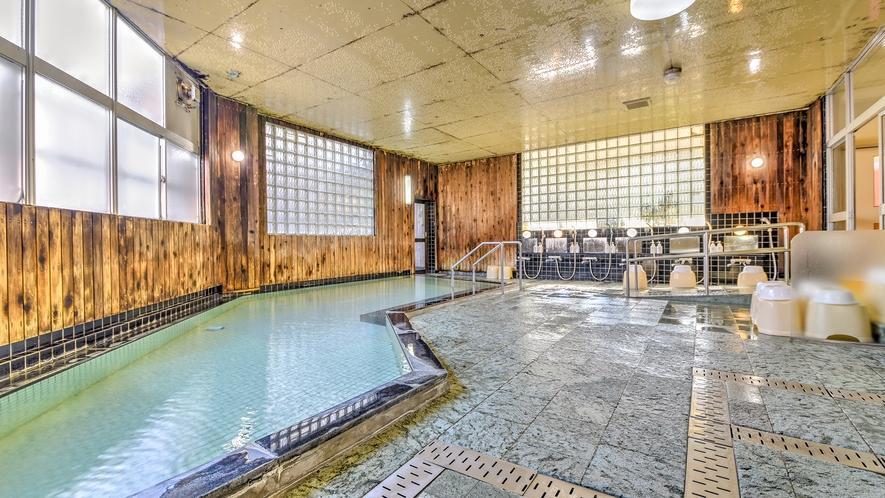 *【御湯殿~大浴場~】広々とした大浴場は天井が高く解放感があります