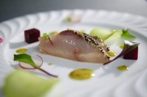 真鯛のマリネ(前菜)