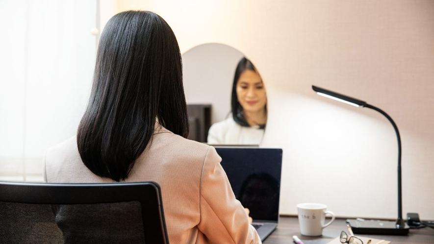 リモートワークやオンライン会議でのご利用にも。静かなプライベート空間はお仕事環境に◎