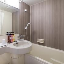 【バスルーム】温度調節も便利なサーモスタット式