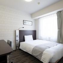 ◆ダブルエコノミー◆広さ13平米◆ベッド幅140センチ◆