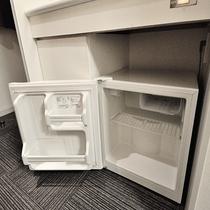 ◆客室冷蔵庫(空)