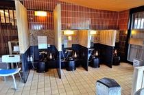 ◆女性大浴場 洗い場 7席