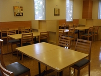 レストラン会場:51席ございます。
