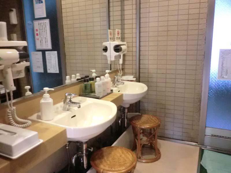 家族風呂脱衣所
