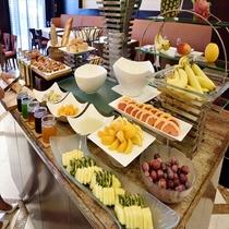 【朝食ビュッフェ】 朝のフルーツでビタミンチャージ!