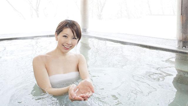 雪見露天風呂(温泉館)