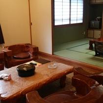 【*特別室】洋室部分には木造の応接セット