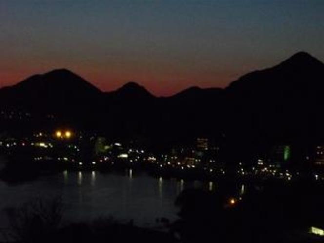 下田湾の夜景