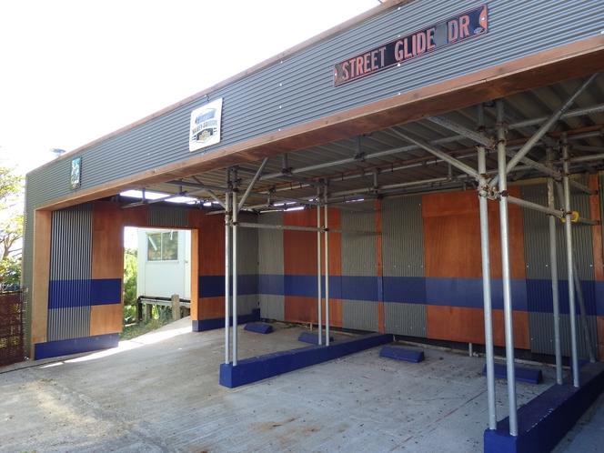屋根付き駐車場5