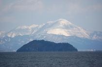 15 春の竹生島