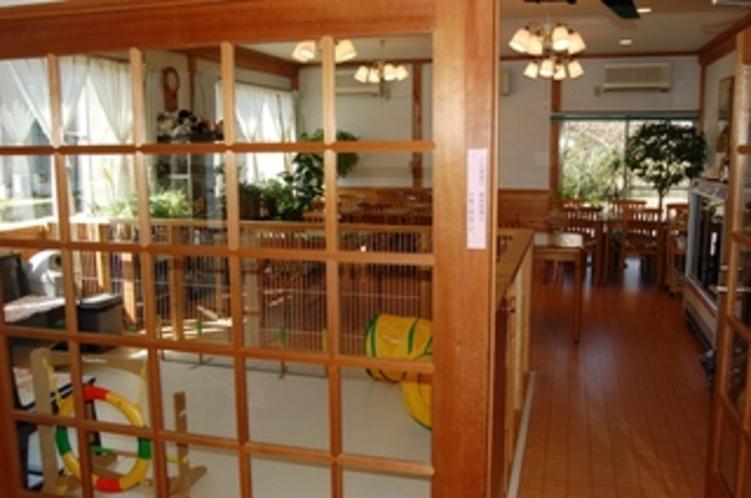 15 食堂入り口
