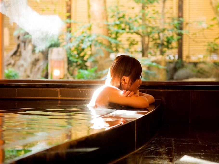 当館自慢の貸切風呂「楽の湯」