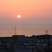 □眺望(富山湾の夕日)