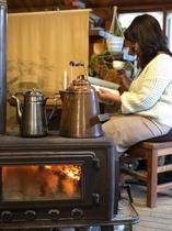 喫茶店(薪ストーブ)