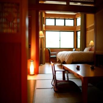 二間【和室8畳+ツインベッドルーム】