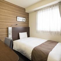 ◆ダブルエコノミー◆広さ13平米◆ベッド幅140センチ