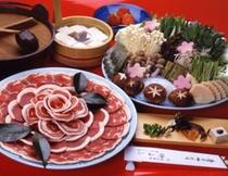 鍋(冬期限定・ぼたん鍋)